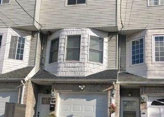 Casa en Remate en Staten Island 10308 GIFFORDS LN - Identificador: 4518936141