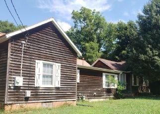 Casa en Remate en Ramseur 27316 SALISBURY ST - Identificador: 4520052988