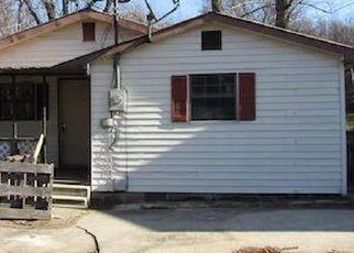 Casa en Remate en Middlesboro 40965 1/2 EVANS DR - Identificador: 4520116486