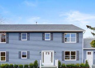 Casa en Remate en Westhampton 11977 MILL RD - Identificador: 4520862353