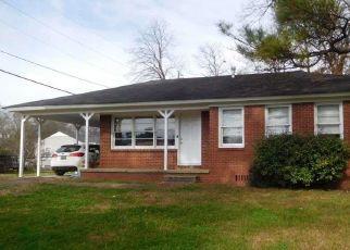 Casa en Remate en Birmingham 35228 58TH ST W - Identificador: 4521372145