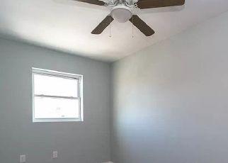 Casa en Remate en Bronx 10469 MICKLE AVE - Identificador: 4521554350