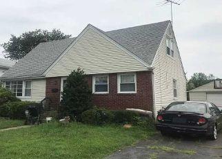 Casa en Remate en Elmont 11003 CLEMENT AVE - Identificador: 4521573176