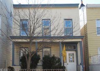 Casa en Remate en Union City 07087 38TH ST - Identificador: 4522565642