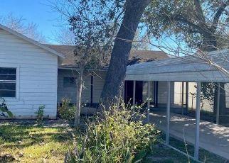 Casa en Remate en George West 78022 FANNIN ST - Identificador: 4524349955