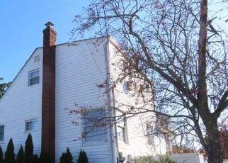 Casa en Remate en East Rockaway 11518 CARMAN AVE - Identificador: 4524914490