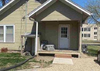 Casa en Remate en Manhattan 66502 BLUEMONT AVE - Identificador: 4525276698