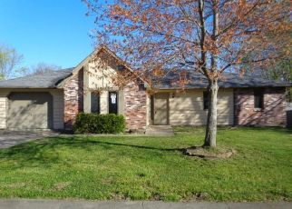 Casa en Remate en Columbia 65202 ARROW WOOD DR - Identificador: 4526063740