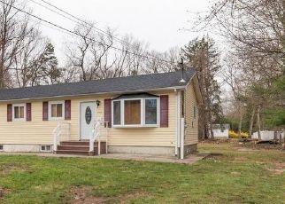 Casa en Remate en Wyandanch 11798 NICOLLS RD - Identificador: 4526190308