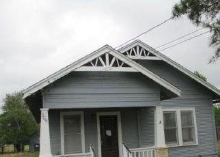 Casa en Remate en Cuero 77954 E BAILEY ST - Identificador: 4526433385