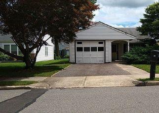 Casa en Remate en Ridge 11961 SHEFFIELD CT - Identificador: 4531269942
