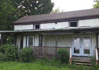 Casa en Remate en Waddy 40076 CAT RIDGE RD - Identificador: 4532785313