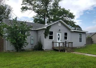 Casa en Remate en Villas 08251 E TAMPA AVE - Identificador: 4533211471