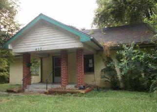 Casa en Remate en Lawrence 66044 ELM ST - Identificador: 4533361702