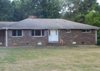 Casa en Remate en Mc Leansville 27301 KEELY RD - Identificador: 894243646