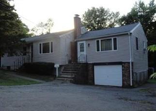 Pre Foreclosure en Avon 02322 SCHOOL ST - Identificador: 1040525200