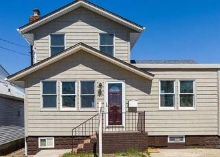Pre Ejecución Hipotecaria en East Rockaway 11518 WILLIAMSON ST - Identificador: 1042387924