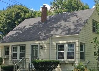 Pre Foreclosure en South Portland 04106 BURWELL AVE - Identificador: 1043215686