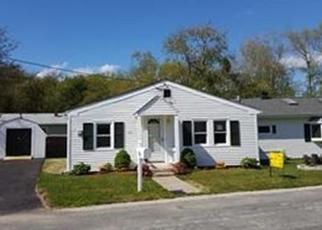 Pre Foreclosure en Westport 02790 VELVET AVE - Identificador: 1051073819