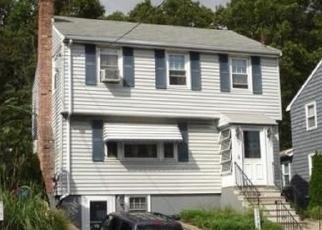 Pre Foreclosure en Roslindale 02131 POPLAR ST - Identificador: 1057556257