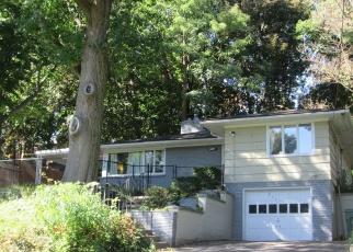 Pre Foreclosure en Rochester 14613 MAPLEWOOD AVE - Identificador: 1057970142