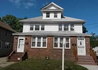 Pre Foreclosure en Freeport 11520 E SEAMAN AVE - Identificador: 1059033549