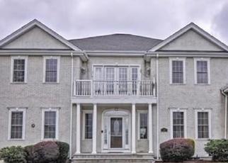 Pre Foreclosure en Norwood 02062 OLD FARM RD - Identificador: 1082615825