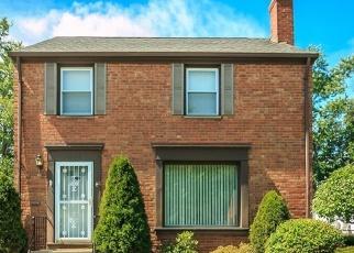 Pre Foreclosure en Cleveland 44124 CHURCHILL RD - Identificador: 1147937903