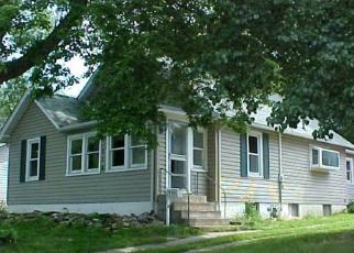Pre Foreclosure en East Alton 62024 TOMLINSON ST - Identificador: 1150806630