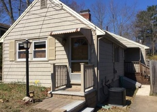 Pre Foreclosure en East Weymouth 02189 CREST AVE - Identificador: 1150995833