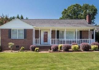 Pre Foreclosure en Greenville 29611 COLE RD - Identificador: 1188463626