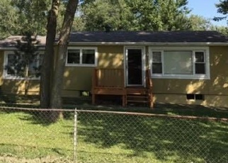 Pre Foreclosure en Kansas City 64155 NE 88TH ST - Identificador: 1191047678
