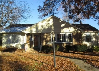 Pre Foreclosure en Jacksonville 62650 WOODLAND PL - Identificador: 1192737373