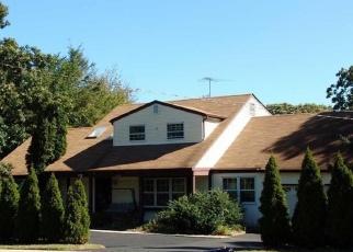 Pre Ejecución Hipotecaria en Lake Grove 11755 STONY BROOK RD - Identificador: 1295134379