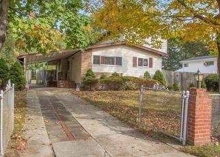 Pre Ejecución Hipotecaria en Brentwood 11717 LAURIE RD - Identificador: 1299038931