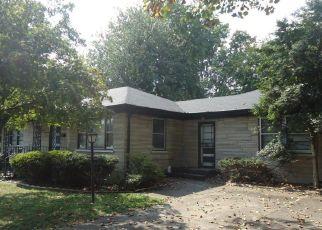 Pre Ejecución Hipotecaria en Louisville 40216 GLENHURST AVE - Identificador: 1327156858