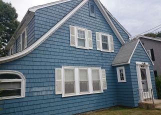 Pre Ejecución Hipotecaria en West Roxbury 02132 BOGANDALE RD - Identificador: 1383281464