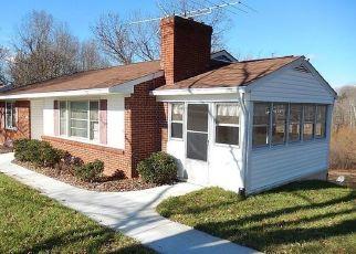 Pre Ejecución Hipotecaria en Madison Heights 24572 WINESAP RD - Identificador: 1527341172