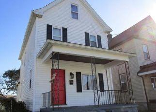 Pre Ejecución Hipotecaria en Loyalhanna 15661 LOYALHANNA AVE - Identificador: 1560618900