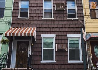 Pre Ejecución Hipotecaria en Brooklyn 11222 NASSAU AVE - Identificador: 1646063227