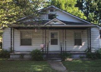 Pre Ejecución Hipotecaria en Mc Leansboro 62859 E SAINT CHARLES AVE - Identificador: 1657503106