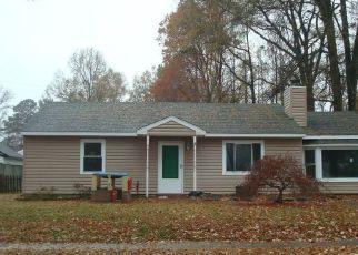 Pre Ejecución Hipotecaria en Chesapeake 23323 FOREST COVE DR - Identificador: 1806409459