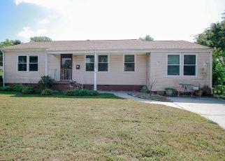 Pre Foreclosure en Hampton 23669 SURRY CT - Identificador: 926920443