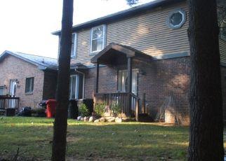 Pre Foreclosure en Milford 48380 ESTHER LN - Identificador: 936262879