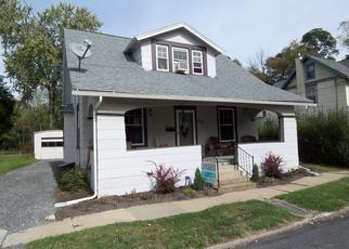 Pre Foreclosure en Jersey Shore 17740 BURKE ST - Identificador: 938251265