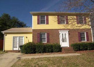 Pre Foreclosure en Greensboro 27405 LORD FOXLEY DR - Identificador: 941443217
