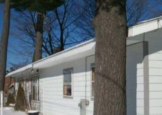 Pre Foreclosure en Three Lakes 54562 E SCHOOL ST - Identificador: 950131313