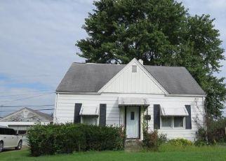 Pre Foreclosure en Clarksville 47129 ANDALUSIA AVE - Identificador: 954168562
