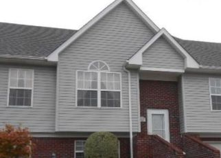 Pre Foreclosure en Jeffersonville 47130 ROLLING CREEK DR - Identificador: 954240383