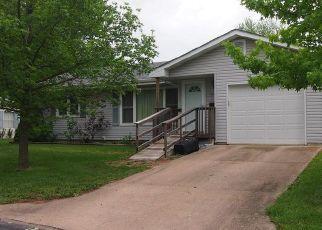 Pre Foreclosure en Montgomery City 63361 CLARA CT - Identificador: 960662400